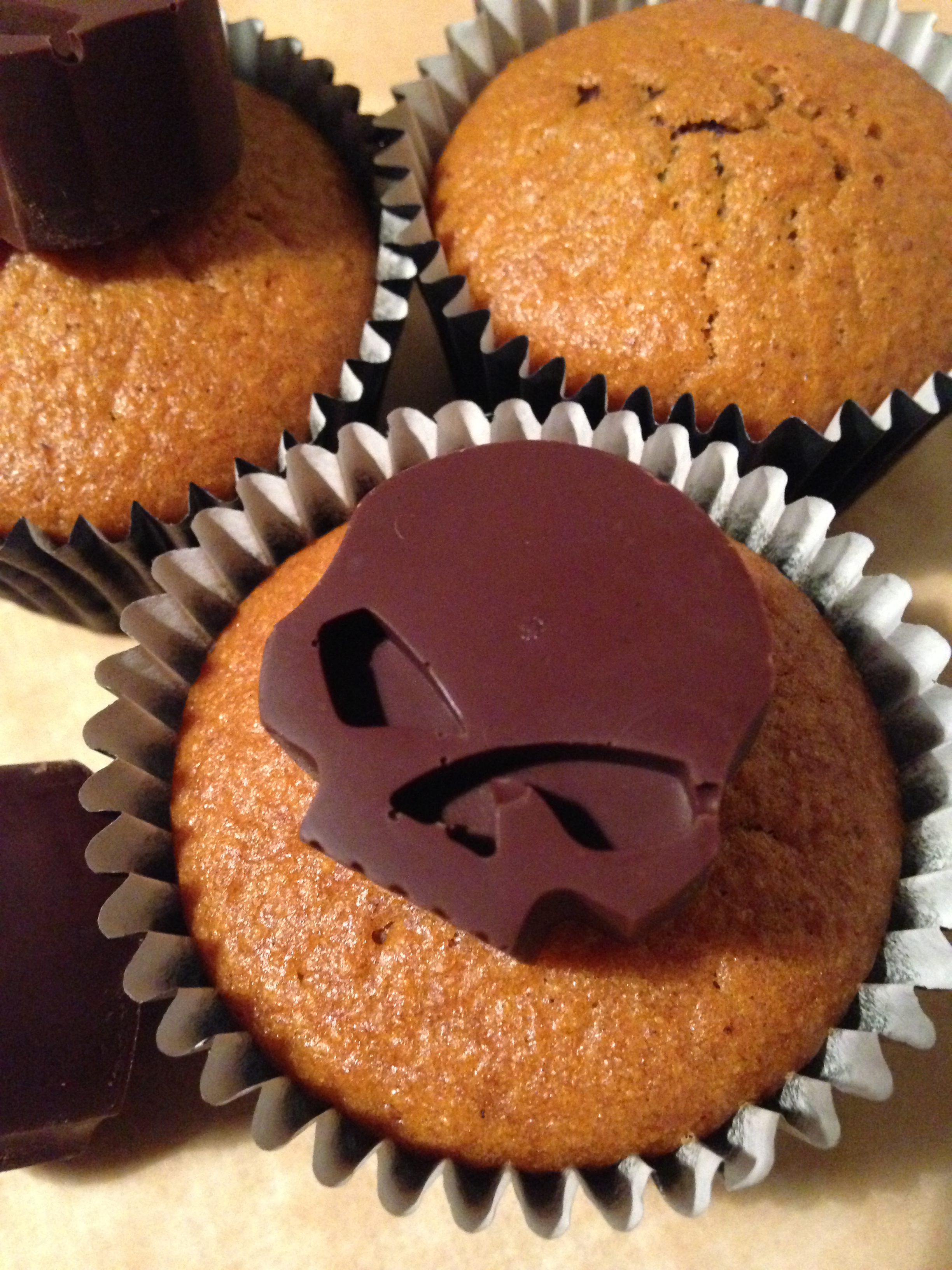 kürbis-mamor-muffins | pumpkin marble muffins | vegan