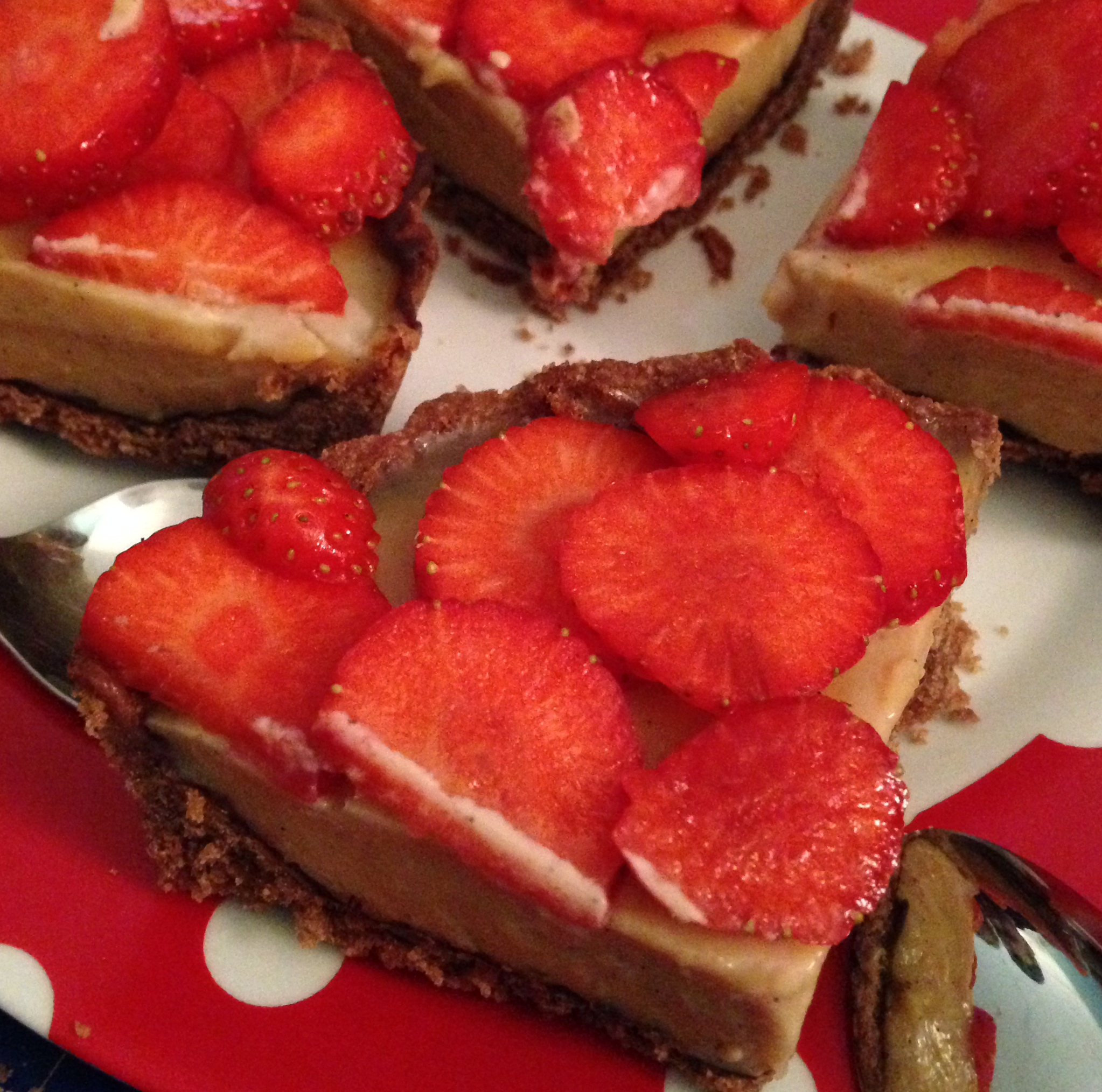 erdbeer-toffee-tarte | strawberry-toffee-tart | vegan | vegetarian | vegetarisch ❤
