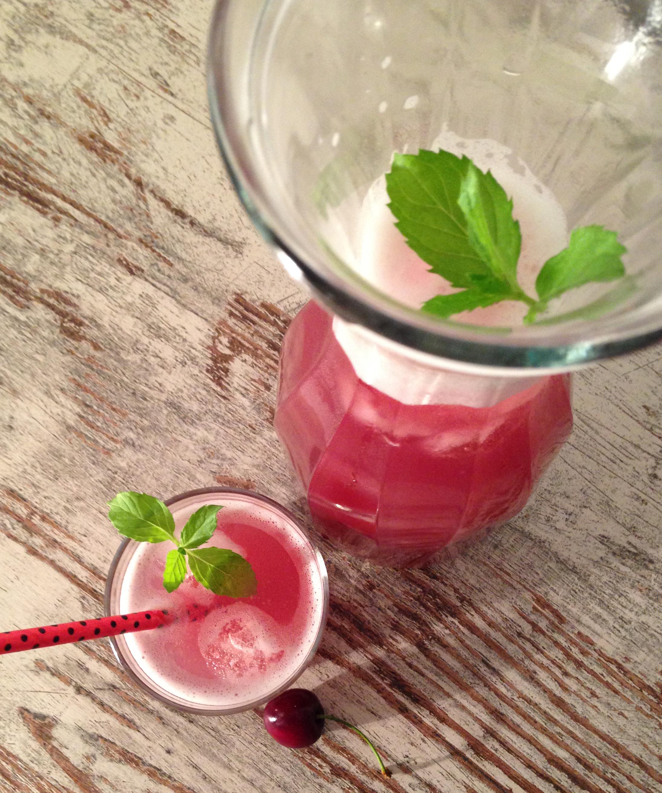 vanille-kirsch-limonade | vanilla-cherry-lemonade | vegan | vegetarian | vegetaisch | summerdrink