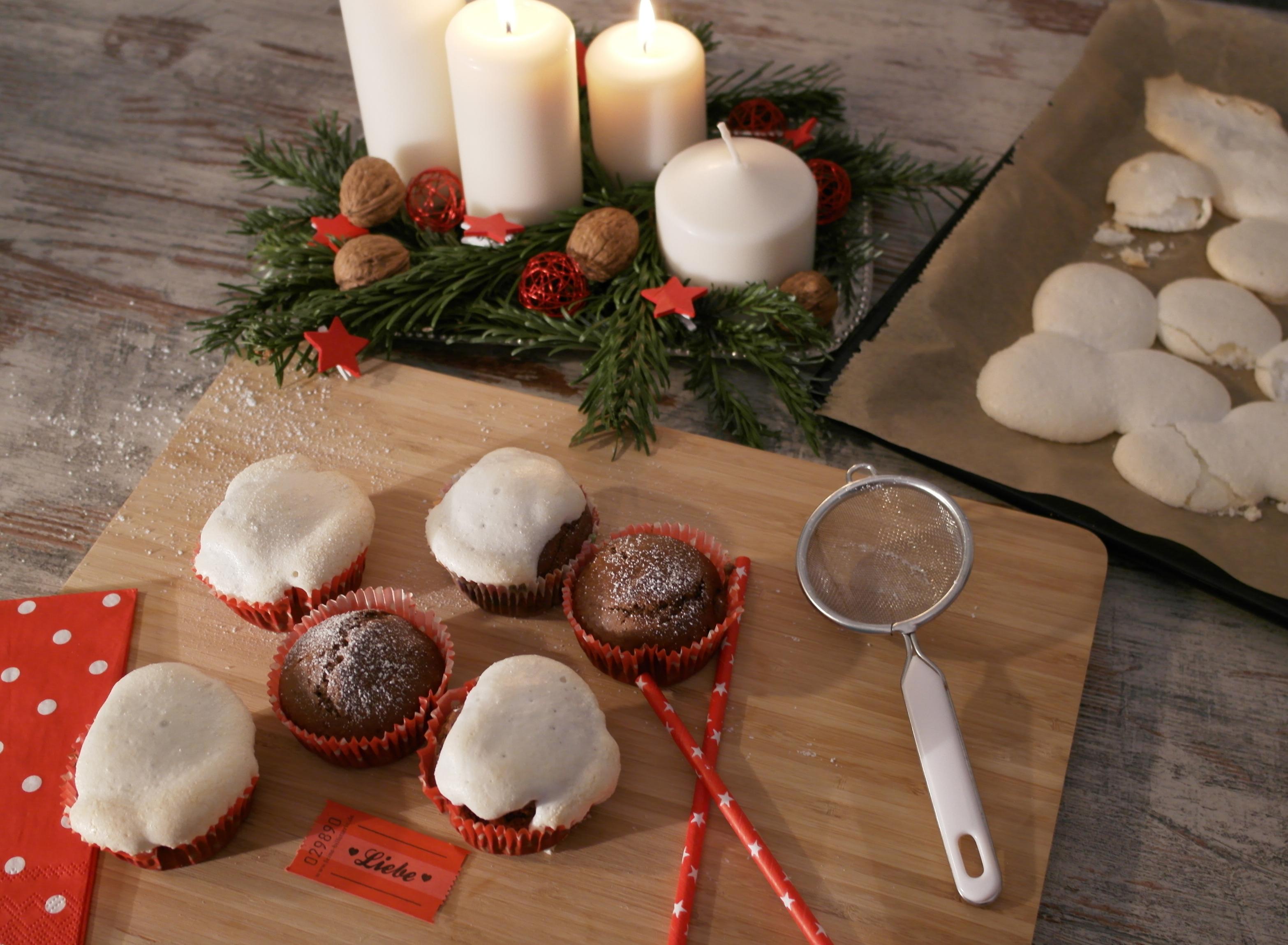 lebkuchen-muffins mit baiser-häubchen | gingerbread muffins with meringue headcap (vegan) ❤
