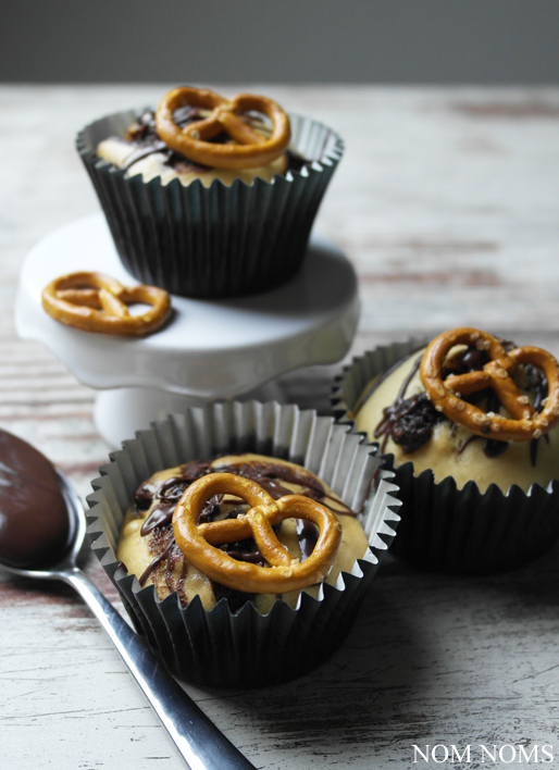nutella muffins mit salzbrezeln | nutella muffins with salty pretzels (vegan) ❤