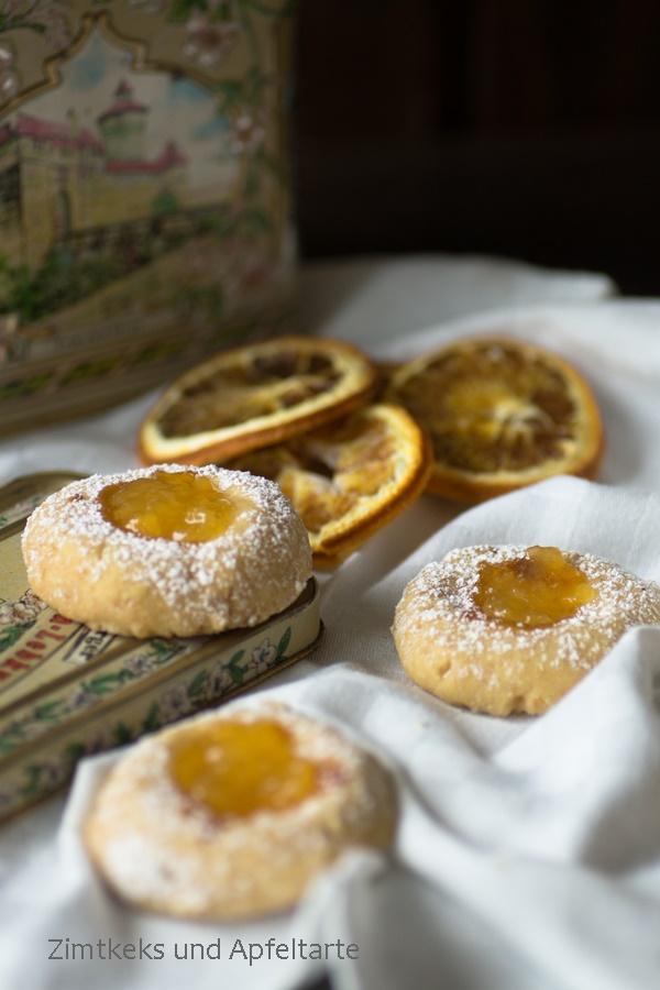 {#nomnomsguests} vegane thumbprint-cookies mit orangenmarmelade | andrea von zimtkeks und apfeltarte (vegan)