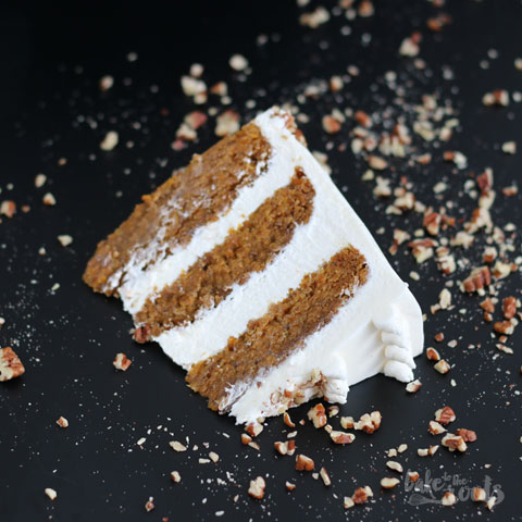 {#nomnomsguests} vegan carrot cake | marc von bake to the roots