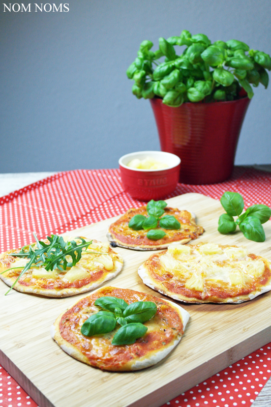 mini margherita pizza & mit ananas | mini margherita pizza & with pineapple (veggie) ❤