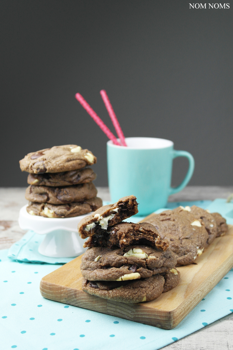 soft nutella double chocolate chip cookies (vegetarian & vegan) ❤