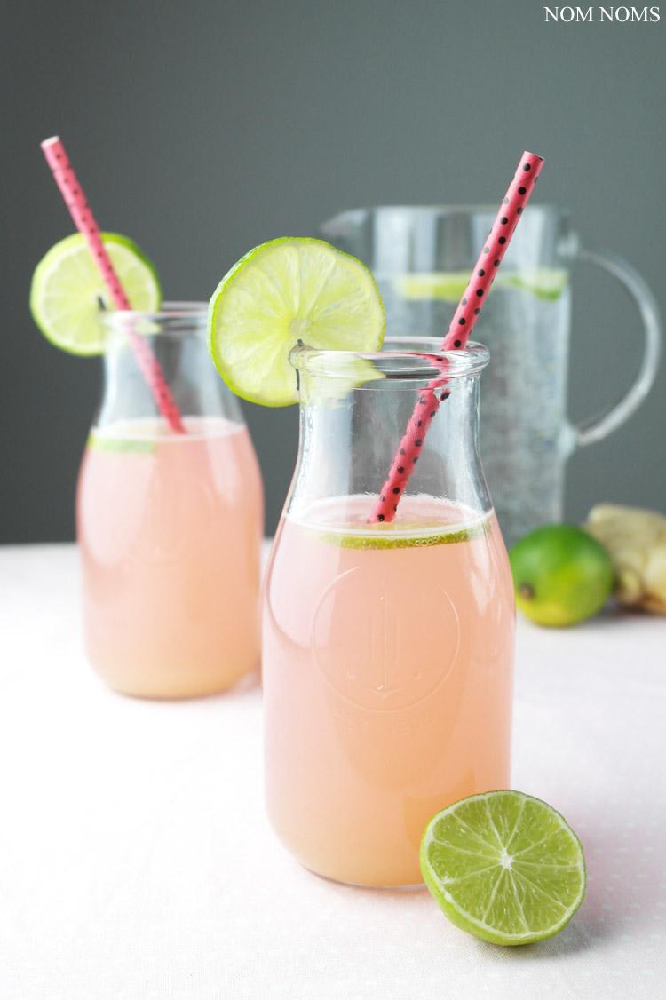 spritzige rhabarber limonade mit ingwer | fizzy rhubarb lemonade with ginger (vegan) ❤