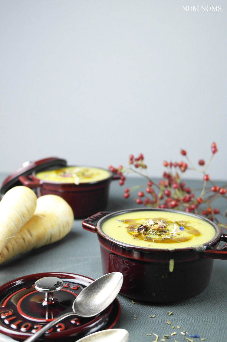 pastinakensuppe | parsnip soup (vegan) ❤