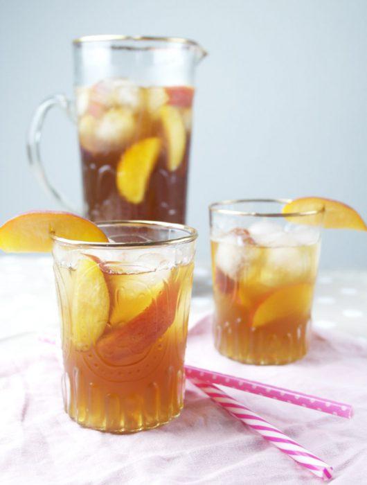 selbst gemachter pfirsich eistee | homemade peach ice tea ❤