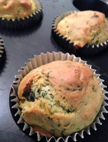 bärlauch-pinienkerne-muffins | wild garlic & pine nuts muffins