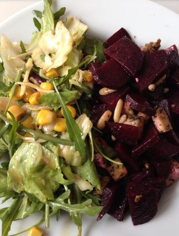 salad with roasted beet, basil tofu, pine nuts and a mustard-dressing | salat mit gerösteter rote beete, basilikum-tofu, pinienkernen & senf-dressing
