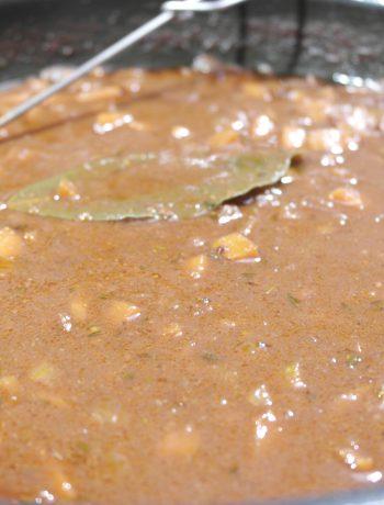 weltbeste vegane bratensoße (wirklich!) | best vegan gravy sauce ever (really!)