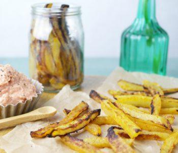 Kohlrabi Pommes mit Parmesan-Tomaten-Dip | kohlrabies fries with parmesan tomato dip