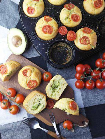 Perfekter Snack: Muffins mit Avocado-Käse-Füllung ❤