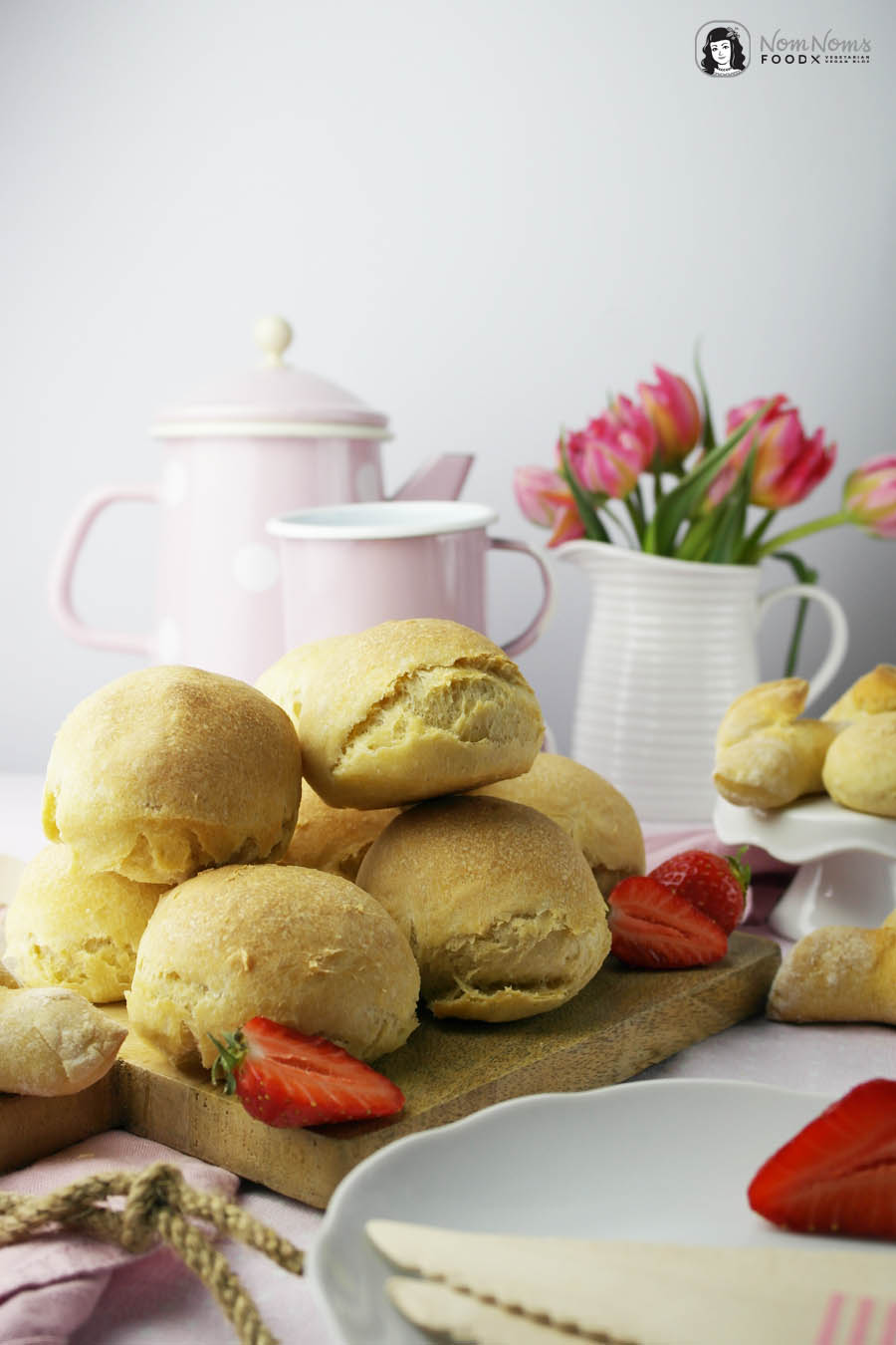 Marmeladen GLÜCK mit veganen Buttermilch-Brötchen