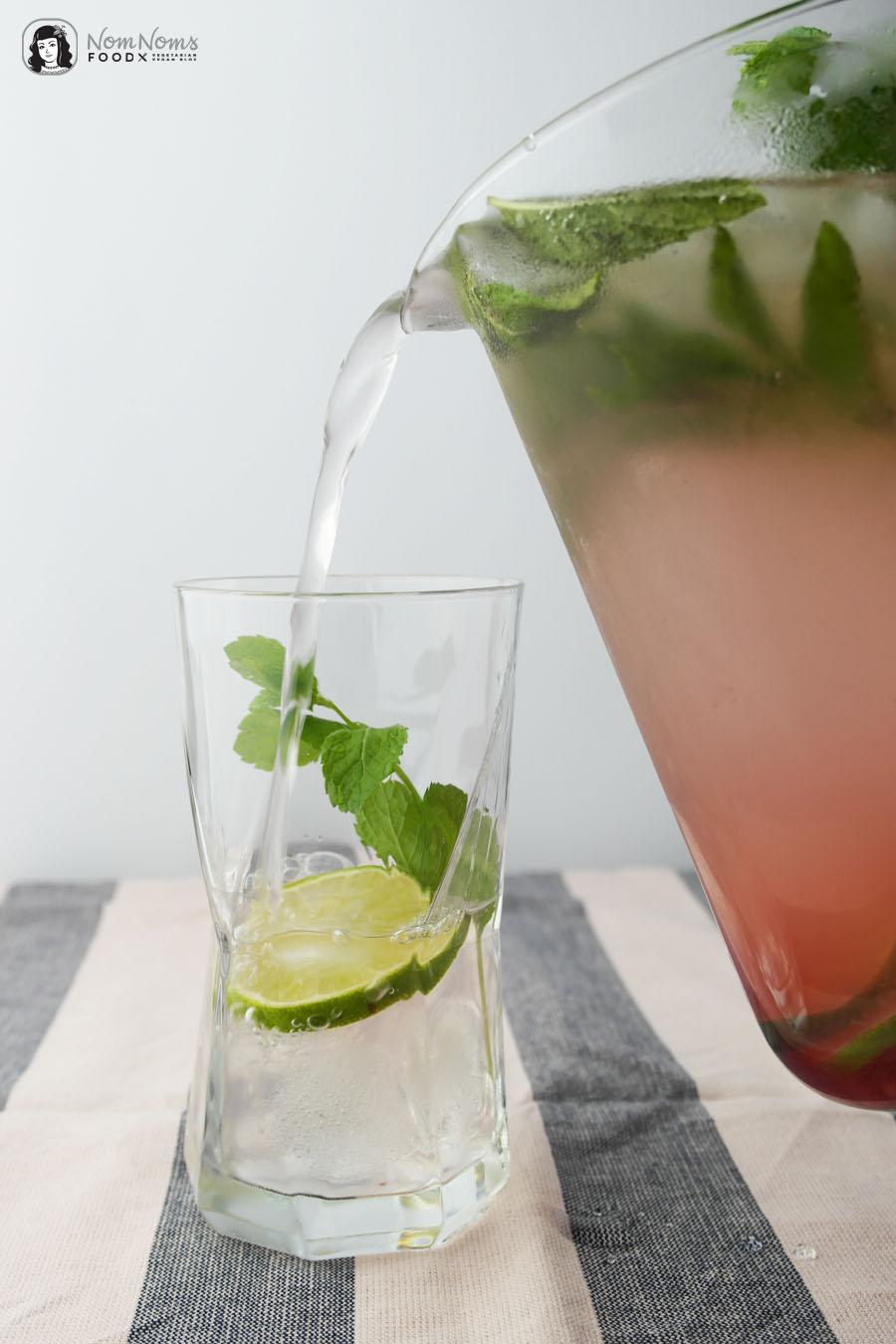 Infused Water | Fruchtiges Wasser mit Granatapfel, Limetten und Minze
