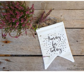 Hooray for today Wimpel-Kette Plotterfreebie