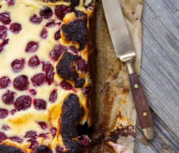 Schokoladen_Brownies_mit_Cheesecake_und_Krischen-11