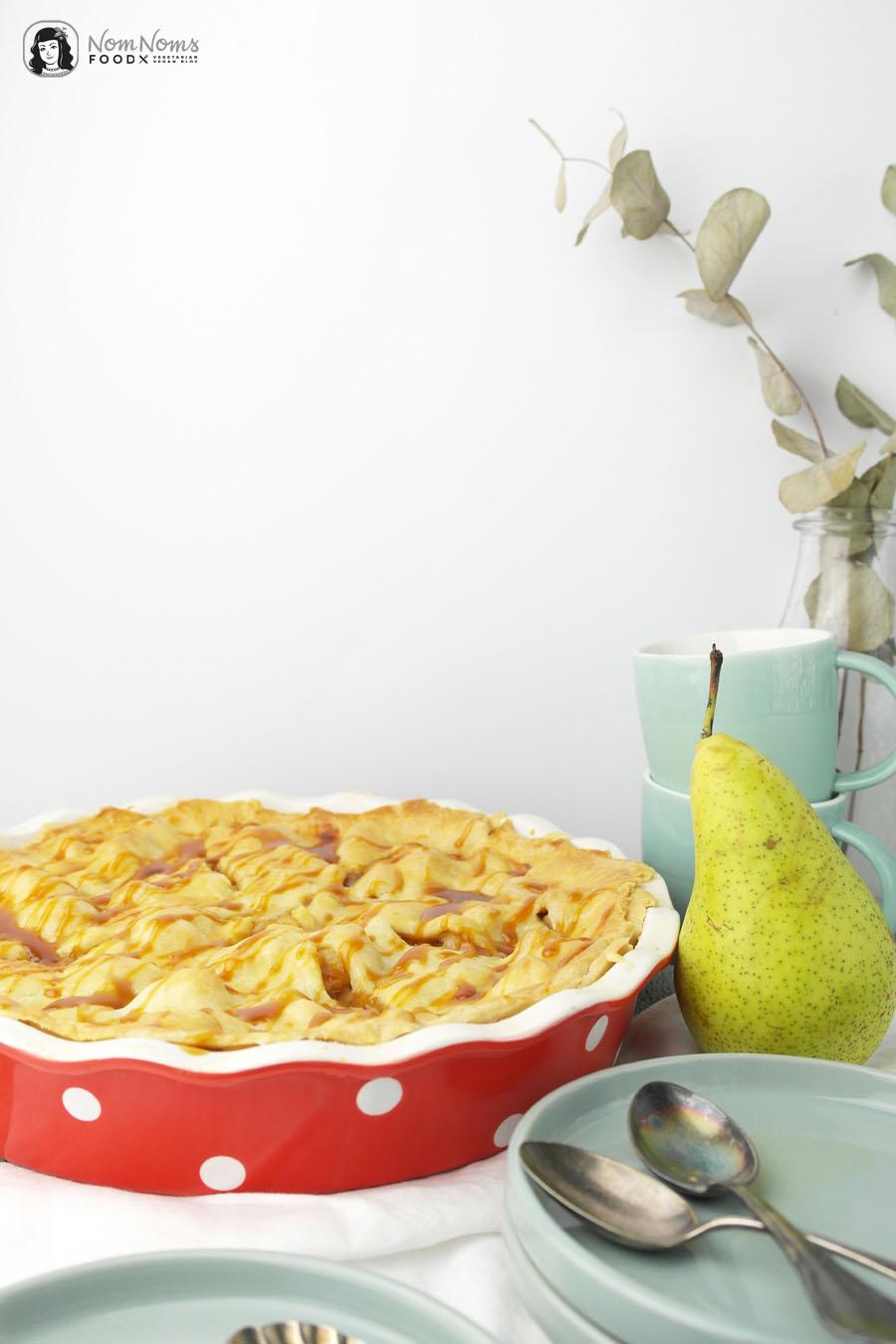 Gefüllter Birnen Salz-Karamell Kuchen