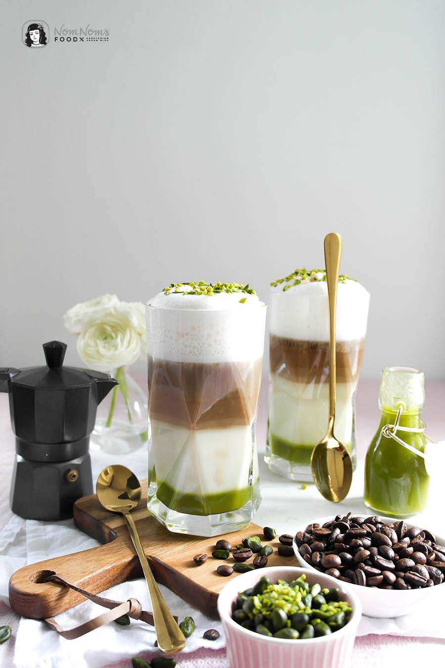 Kokos Pistazien Latte Macchiato mit selbst gemachtem Pistazien-Sirup vegan